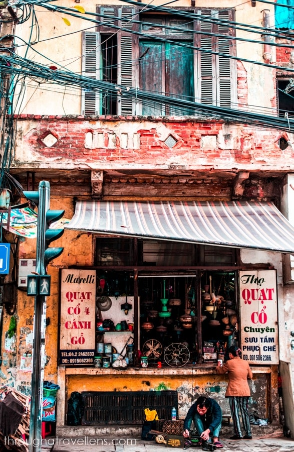 Hanoi budget trip: somewhere on the streets of the Old Quarter