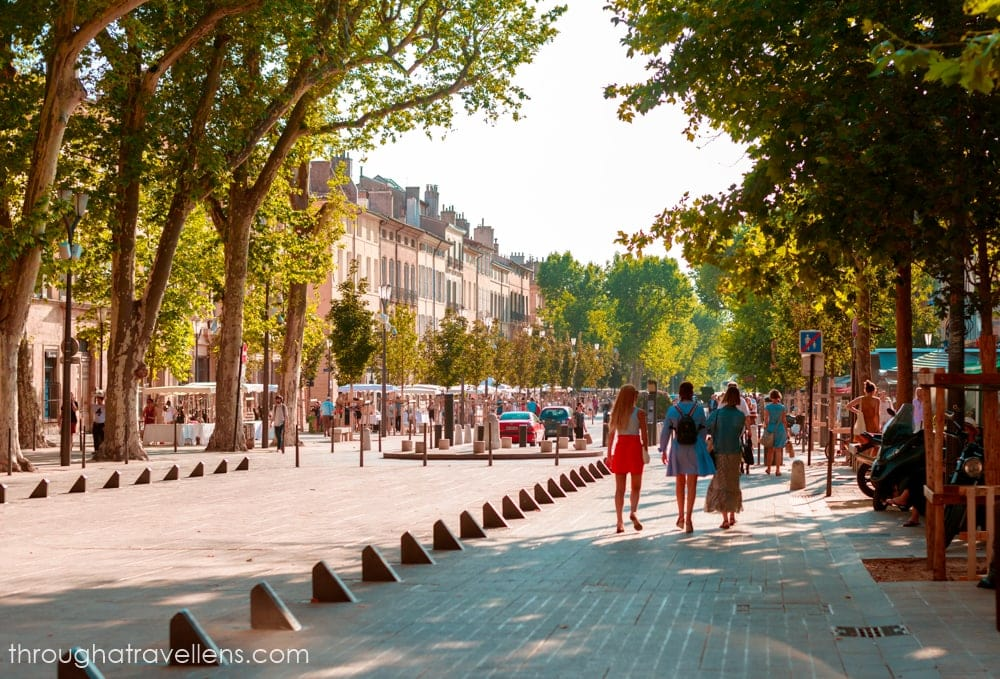 Cours Mirabo in Aix-en-Provence